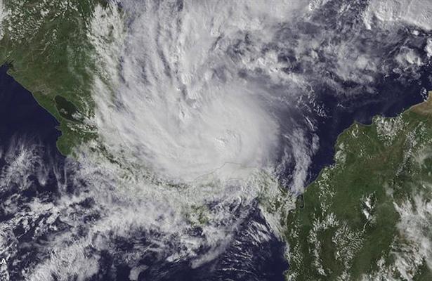 Huracán Otto ya es categoría 2; se acerca a Nicaragua