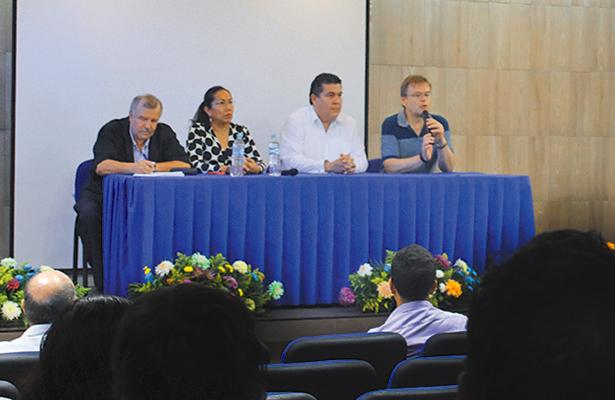 Celebra la UABCS seminario de geología