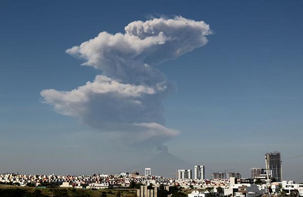 Alertan por caída de ceniza del Popocatépetl en Puebla, Guerrero y Morelos