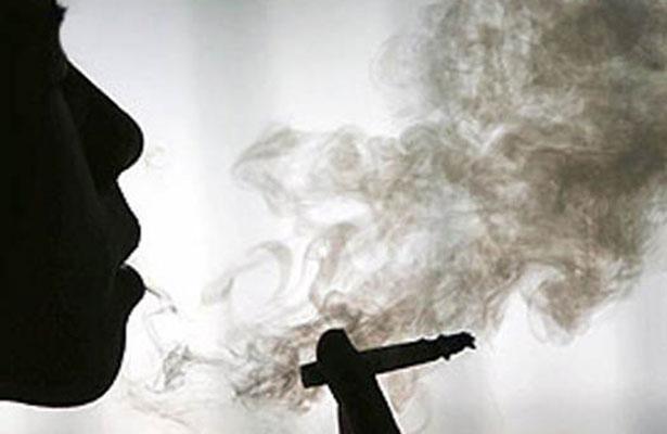 Cada año mueren 166 mil personas por enfermedades atribuidas al consumo del tabaco. Foto:  Archivo/El Sol de México