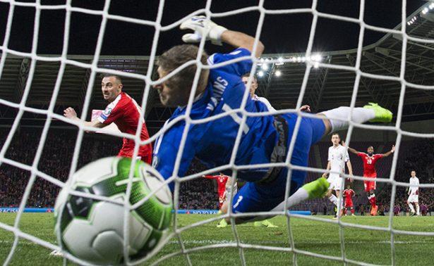 Suiza gana frente a Letonia; mantiene el invicto