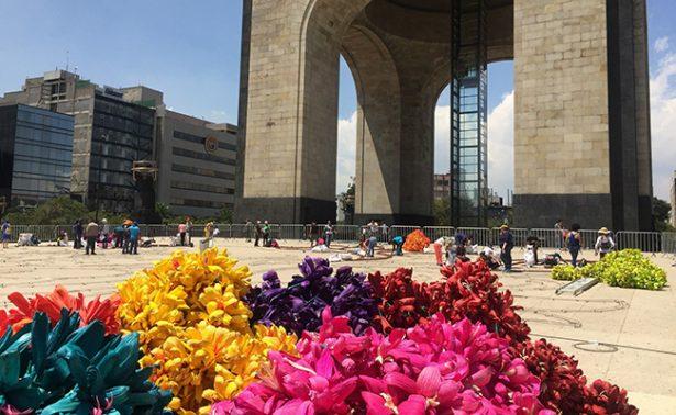 #Video Camina con flores en el Monumento a la Revolución