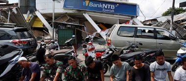Van 460 muertos y más de siete mil heridos por terremoto en Indonesia