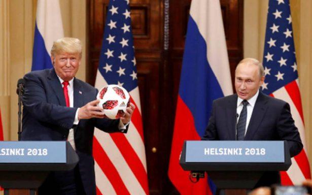 Trump, acusado de traición por su actitud frente a Putin en Cumbre