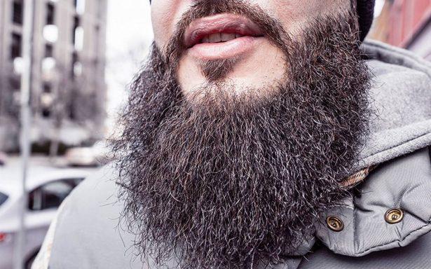 Despiden a médico por llevar una barba demasiado larga