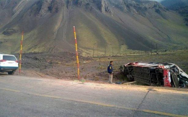 Accidente de autobús en Argentina deja tres muertos y 20 heridos