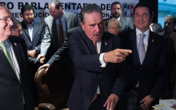 Senadores del PRI vetarían uso de celulares en casillas electorales