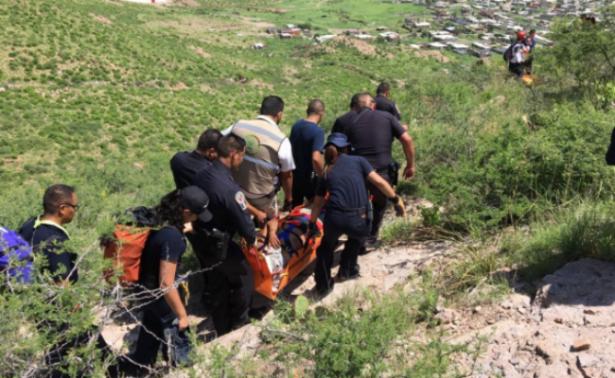 Rescatan a joven atrapado en el Cerro Grande, Chihuahua