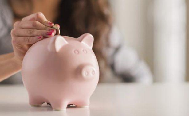 Ellas prefieren ahorrar más para imprevistos que para el fondo de retiro