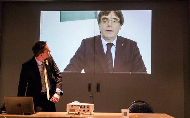 Gobierno pide al Parlamento catalán un candidato alternativo a Puigdemont