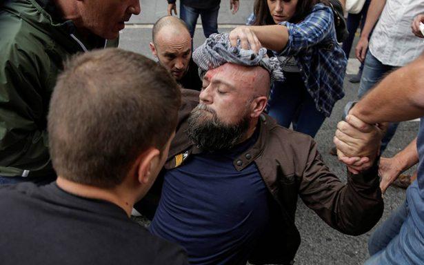 Incidentes en Cataluña dejan al menos 844 heridos durante el referéndum