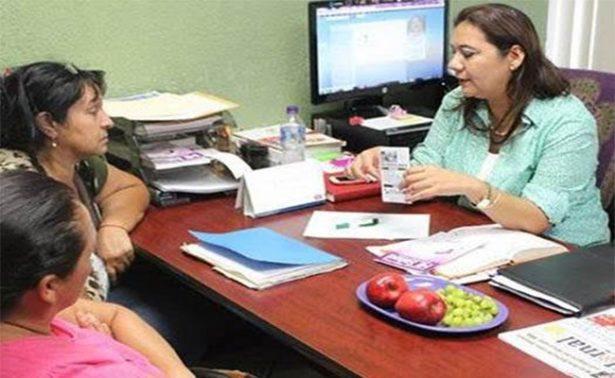 Niegan empleo a adultos mayores en comercios de La Paz