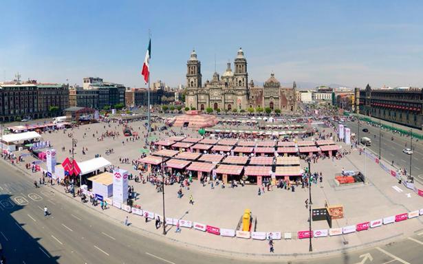 Disfruta la feria que trae al Zócalo lo mejor de la gastronomía y artesanía de México