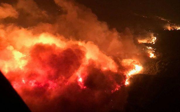 Sube cifra a 21 muertos por incendios en California