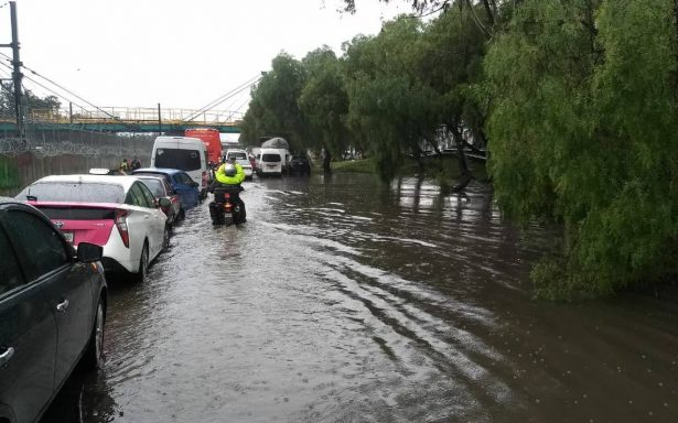 Lluvia intensa paraliza al oriente de la CDMX