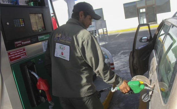 Gasolinas costarán tres centavos más este fin de semana