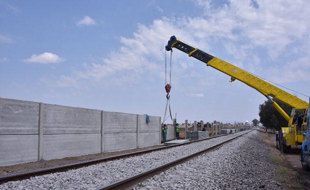 Levanta muro Ferromex y sin permisos en Irapuato