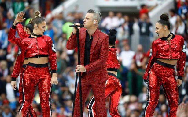 Robbie Williams prende al público de Rusia en la inauguración del Mundial