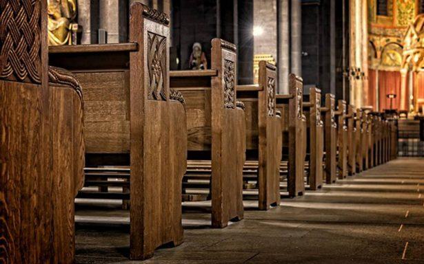 Castigo divino: ladrón se atasca toda la madrugada en la puerta de la Iglesia