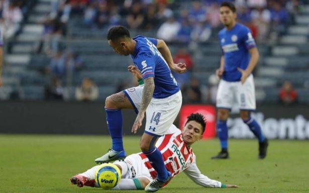 Cruz Azul fue un desastre y Necaxa lo superó 2-0 en el estadio Azul
