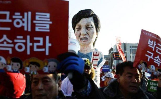 Miles de surcoreanos vuelven a pedir la renuncia de Park