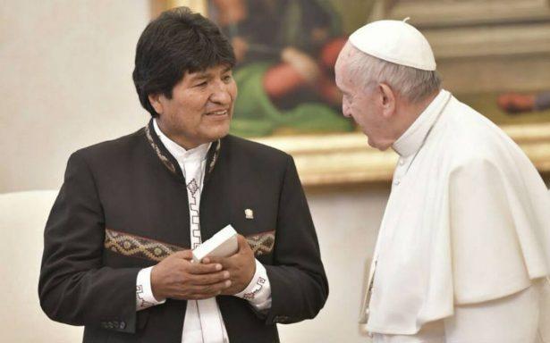 Evo Morales visitó al Papa y la Iglesia lo califica de hipocresía