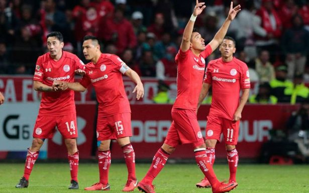 ¡De última! Toluca remonta y vence 2-1 a Morelia