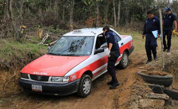 Abandonan cadáver en cajuela de taxi en Xalapa