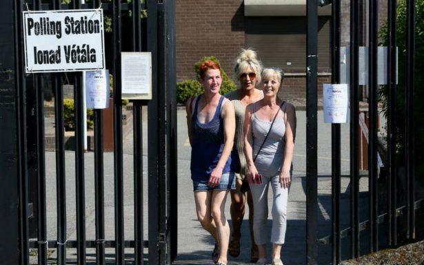 Irlanda vota masivamente por liberalizar el aborto, según sondeo