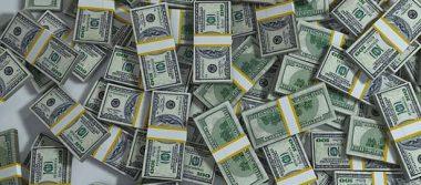 Dólar llega a 18.81 pesos en bancos capitalinos; registra alza de 27 centavos