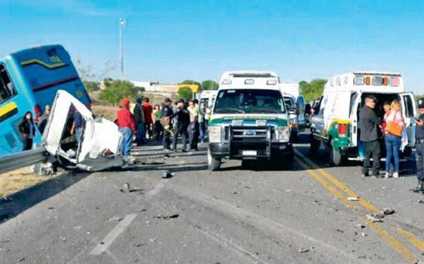 Llega a 13 el número de víctimas por accidentes carreteros durante periodo vacacional