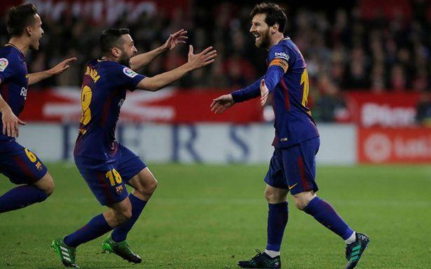 Lionel Messi salva el invicto del Barcelona en Sevilla