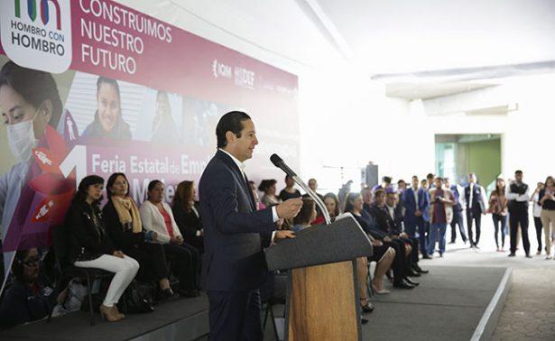 Pancho Domínguez, a favor de los derechos de mujeres