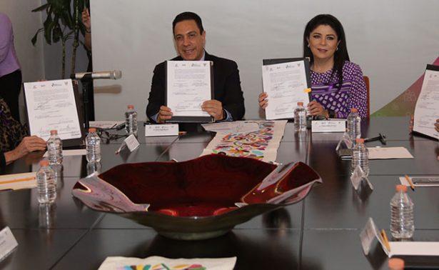 Omar Fayad signó convenio con Fundación Michou y Mau
