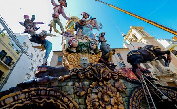 Fallas de Valencia, tradición cargada de humor