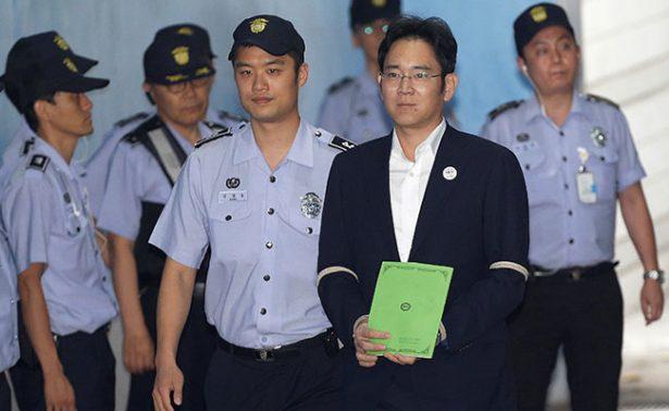 Heredero de Samsung podría pasar 12 años en la cárcel de Corea del Sur