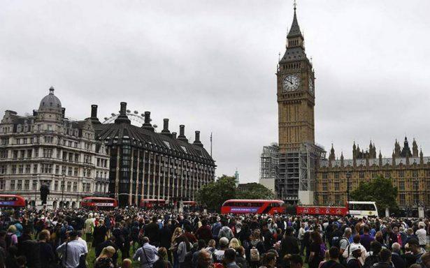 Pese a terrorismo, Londres tendrá menos policías en Fin de Año