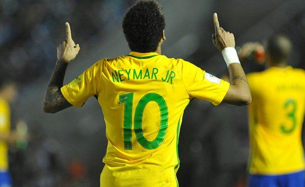 De la mano de Neymar, Brasil golea 4-1 a Uruguay