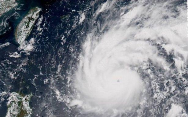 El avance del tifón Lan amenaza con entorpecer elecciones en Japón