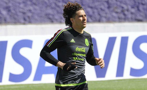 Memo Ochoa, feliz de la victoria ante Costa Rica
