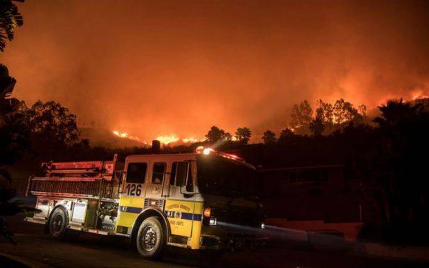 El infierno regresa a California. Incendio deja un muerto y miles de personas evacuadas