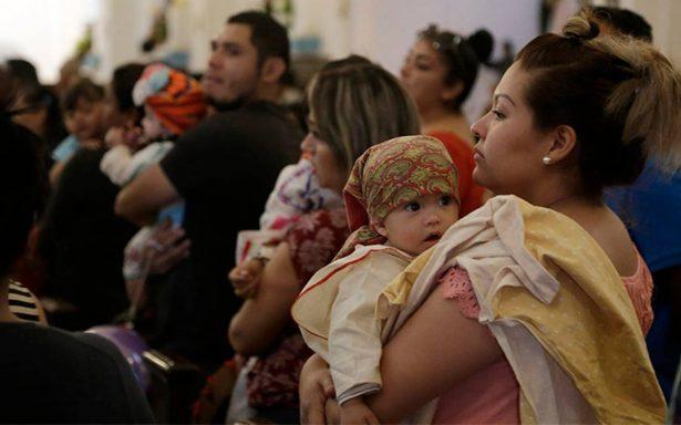 Migrantes celebran Navidad en Tijuana extrañando a su familia