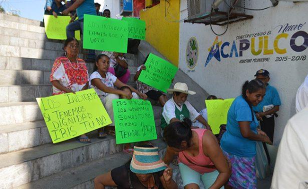 Amenaza directora de Grupos Étnicos con  retirar a vendedores indígenas de la Costera