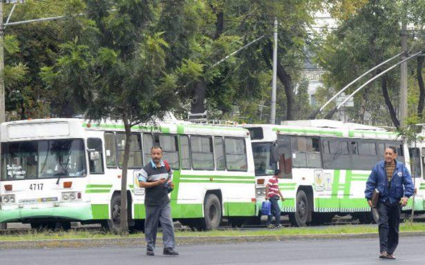 Roban cable del Trolebús en la CDMX; suspenden servicio en dos líneas