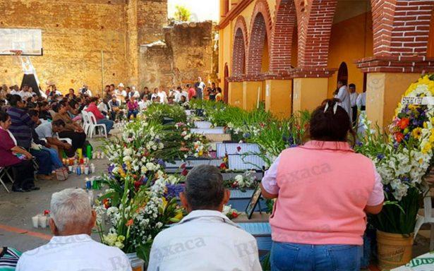 Celebran misa en honor a las víctimas de Santa María Ecatepec