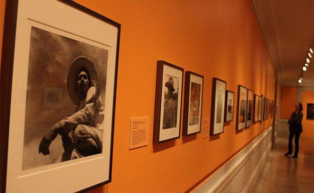 Exhibirán fotografías de mexicanos en biblioteca de Nueva York