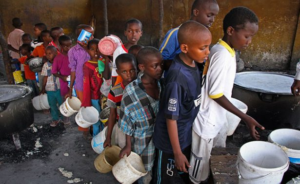 Somalia confirma 110 muertos en dos días por severa sequía
