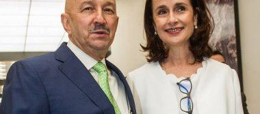 Reconocen en España libro de Ana Paula Gerard esposa del expresidente Carlos Salinas