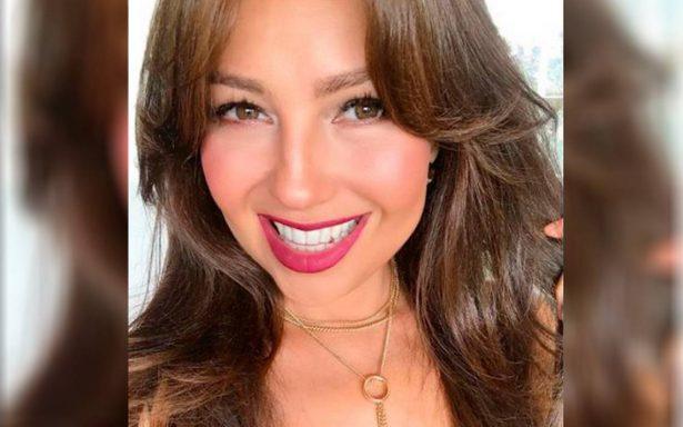 Thalía sube video navideño y la critican por ¿cirugía en el rostro?
