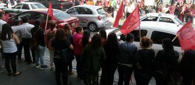 Antorchistas exigen a Yunes terminar con obras públicas